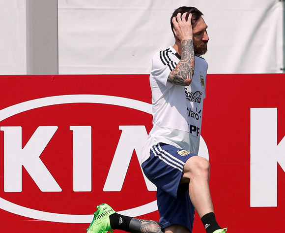 Argentina's Lionel Messi attends a training session in Bronnitsy, Russia, 23 June 2018. Argentina will face Nigeria in their FIFA World Cup Group D preliminary round soccer match on 26 June. EPA/Alberto Estevez