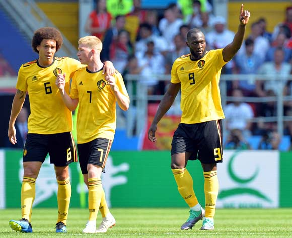 Romelu Lukaku (R) of Belgium celebrates with his teammates after scoring the 2-0 lead during the FIFA World Cup 2018 group G preliminary round soccer match between Belgium and Tunisia in Moscow, Russia, 23 June 2018. EPA/Peter Powell