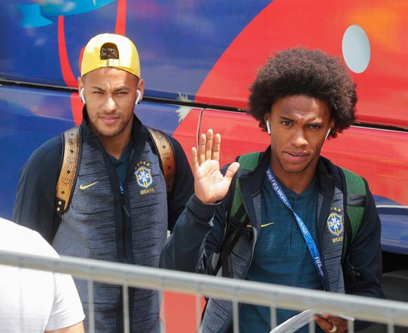 Brazilian players Willian (R) and Neymar (L) arrive together with teammates at their hotel in Kazan, Russia, 05 July 2018. Brazil will face Belgium in their FIFA World Cup 2018 quarter final soccer match in Kazan on 06 July 2018. EPA/Sergey Dolzhenko